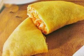 Panzerotti-mozzarella-pomodoro